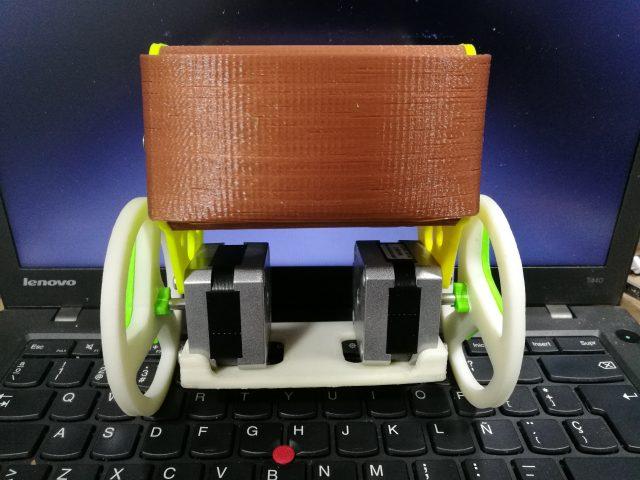 Desarrollo de un robot equilibrista 05